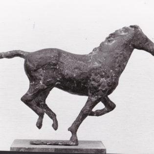 paard in galop brons 2